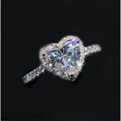 Sevgililer Günü Özel Swarovski Taşlı, Gümüş Kalp Yüzük (Altın Kaplama)